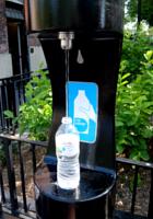 NY市の無料の水飲み場プログラム(Water-On-the-Go)から生じる社会的な意識改革_b0007805_7201814.jpg