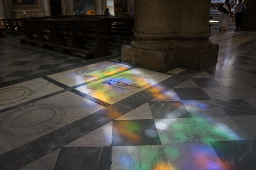 フィレンツェ、サンタマリアノヴェッラ教会で見つけた「お宝」_f0106597_06274330.jpg