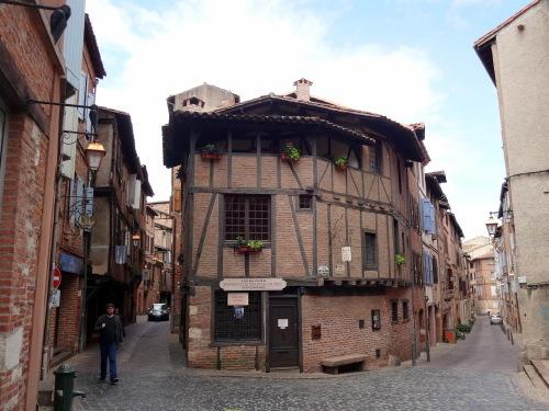 フランスの最も美しい村・・・コルド・シュル・シェルから_e0129400_18285295.jpg