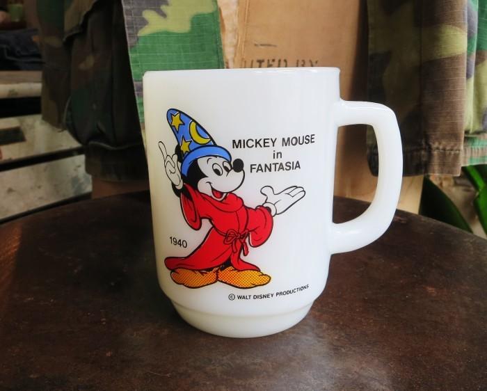 Fire King Disney Mug Mickey Mouse in Fantasia_e0187362_11355637.jpg