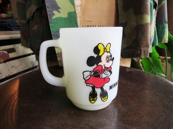Fire King Disney Mug Minnie  _e0187362_15565794.jpg