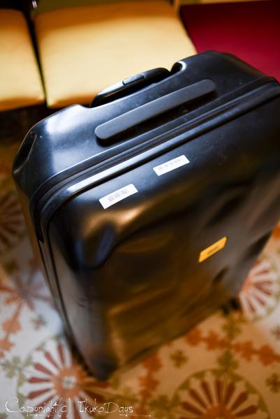 一味違うスーツケースをお探しの方必見!:『CRASH BAGGAGE(クラッシュバゲージ)』_d0114093_434047.jpg