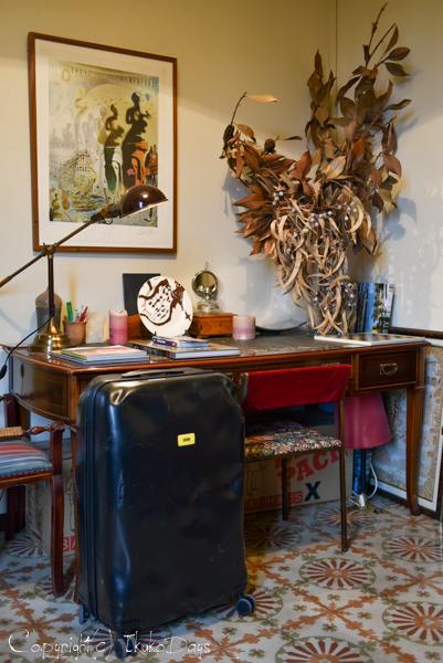 一味違うスーツケースをお探しの方必見!:『CRASH BAGGAGE(クラッシュバゲージ)』_d0114093_434656.jpg