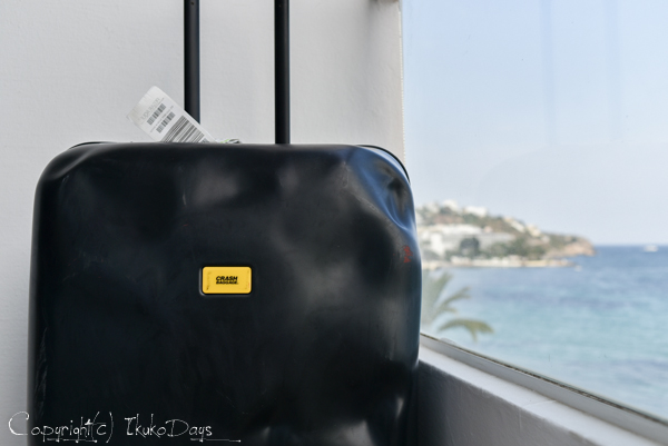 一味違うスーツケースをお探しの方必見!:『CRASH BAGGAGE(クラッシュバゲージ)』_d0114093_434824.jpg