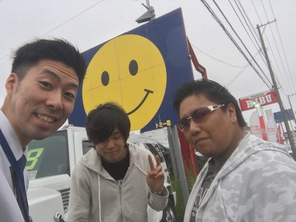 マサ店ブログ(^_-)-☆ご成約!ランクル、ハマー、アルファード_b0127002_1942064.jpg