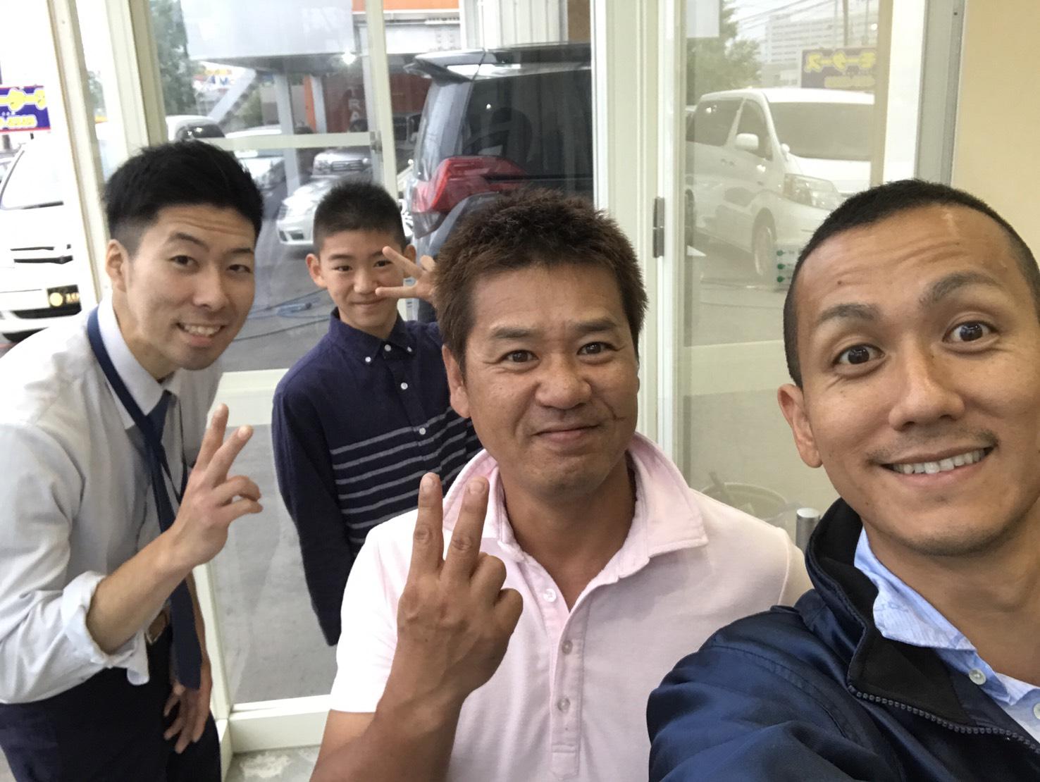 マサ店ブログ(^_-)-☆ご成約!ランクル、ハマー、アルファード_b0127002_1953830.jpg