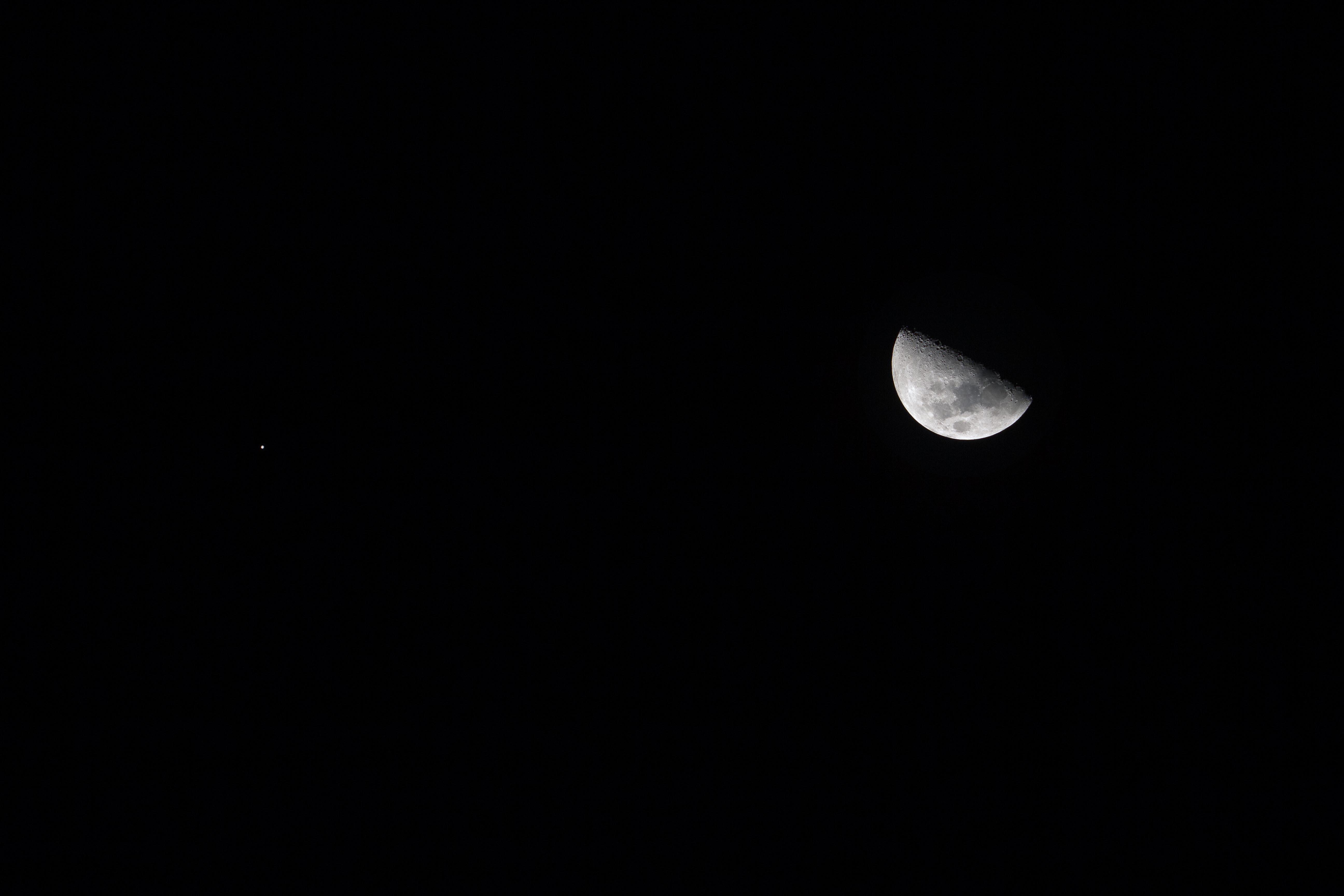 月と木星の接近_e0174091_15404080.jpg