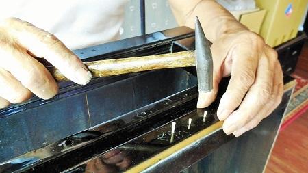 仏壇のすす洗い・修繕のお仕事 その3  2017.07.02_c0213599_01395165.jpg