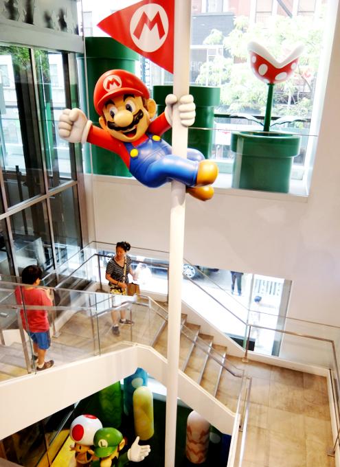 ただ今、絶好調の任天堂のニューヨークの直営店「任天堂ワールド」Nintendo World_b0007805_20504074.jpg