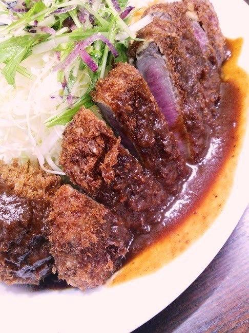 神戸・西元町 「洋食の朝日」 日本一の洋食!ビフカツ&クリームコロッケ_c0362623_07371414.jpg