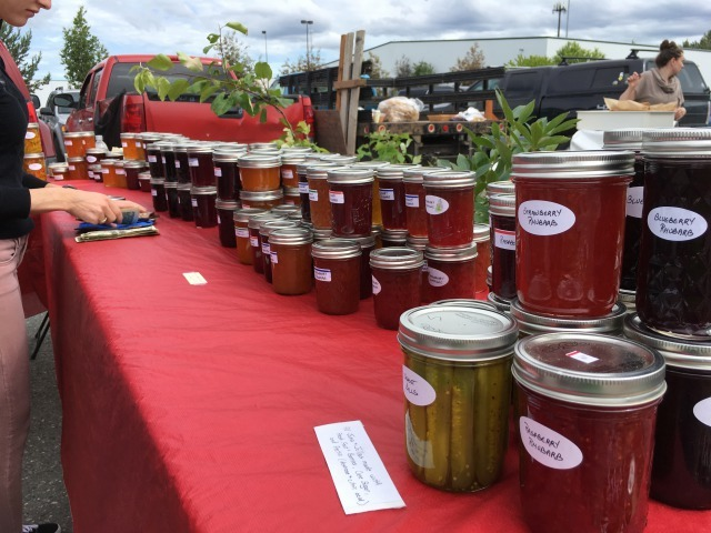 ファーマーズ・マーケット Anchorage Farmers Market_b0135948_18020438.jpg