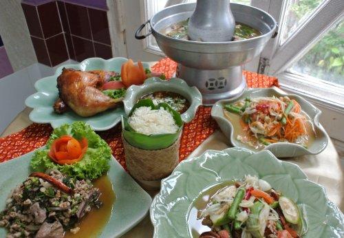 タイ料理修行初日_f0204175_19273426.jpg