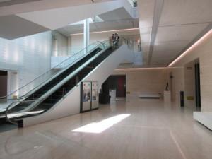 アプローチ ポーラ美術館_d0297177_06285202.jpg