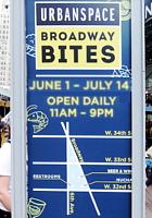 野外に屋台を集めた「食」のお祭り『ブロードウェイ・バイト』(Broadway Bite)_b0007805_142432.jpg