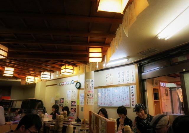 初夏の金沢⑧廻る 近江町市場寿し 本店*朝から贅沢大名丼を食す!_f0236260_02250737.jpg