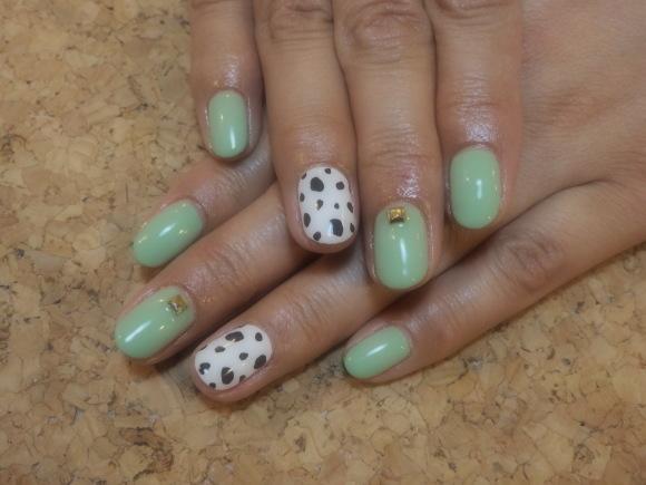 Dalmatian Nail_a0239065_13274269.jpg