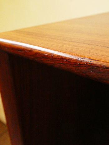 sideboard_c0139773_01243905.jpg