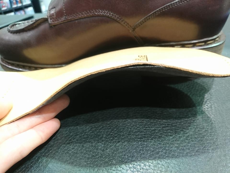 靴の中で足を安定させます。_b0226322_11162732.jpg