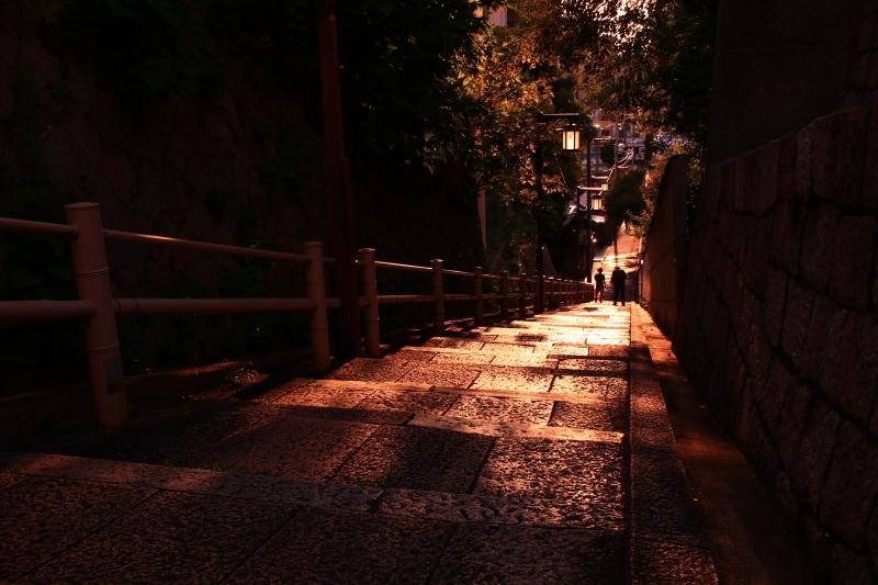 夕陽丘の琥珀の時間_f0209122_13594649.jpg