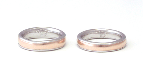 2種類の金属でつくった握手のマリッジリング_e0170562_17083813.jpg