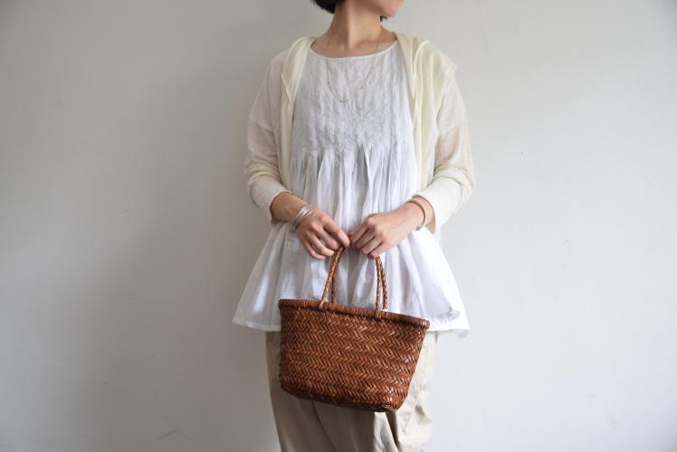 夏の羽織り、、、それは毎年の課題なんです。。。_b0110582_13430099.jpg