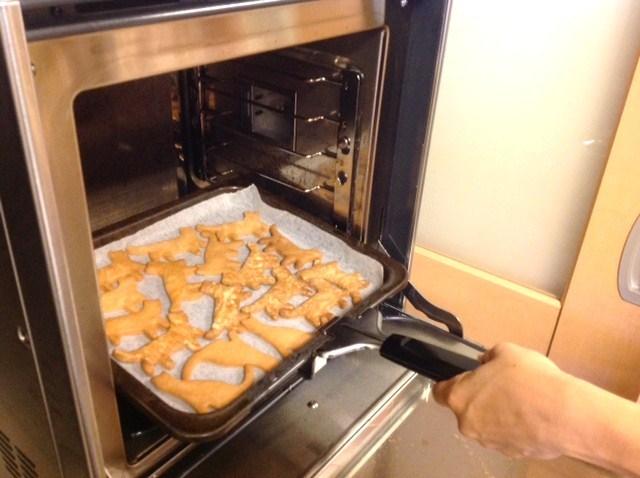 おみやげ用の、素敵なクッキーが焼けましたよ~!_d0120628_05510316.jpg