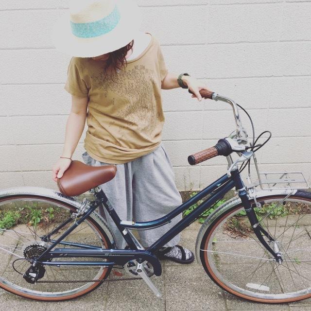 SCHWINN シュウイン 『TRAVELER トラベラー』クルーザー おしゃれ自転車 自転車女子 自転車ガール _b0212032_13224991.jpg