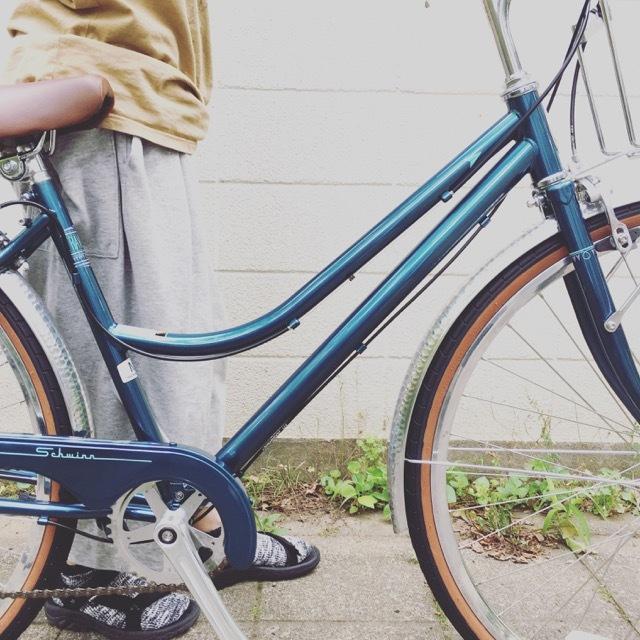 SCHWINN シュウイン 『TRAVELER トラベラー』クルーザー おしゃれ自転車 自転車女子 自転車ガール _b0212032_13231231.jpg