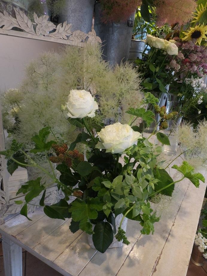 オークリーフ花の教室(石川さんの作品)_f0049672_16142088.jpg
