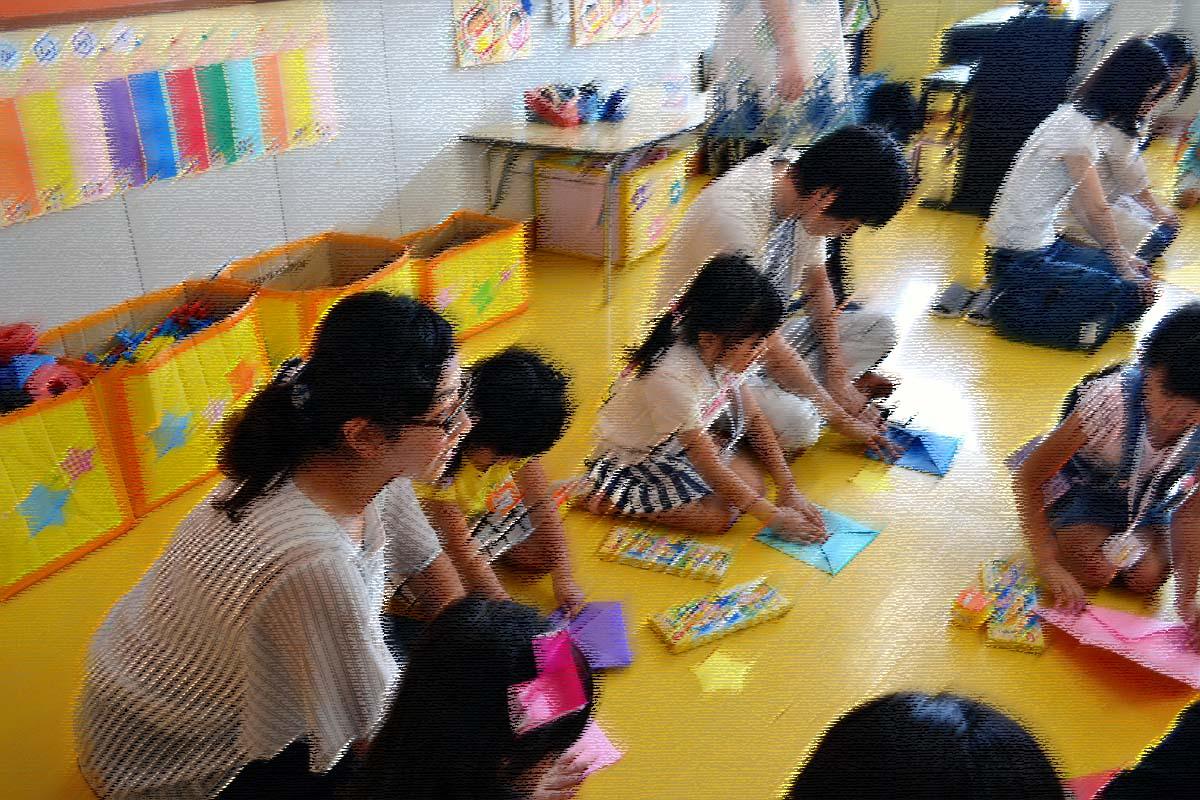 今日は、七夕参観日です。上宮第二幼稚園にて。_d0353789_16255230.jpg