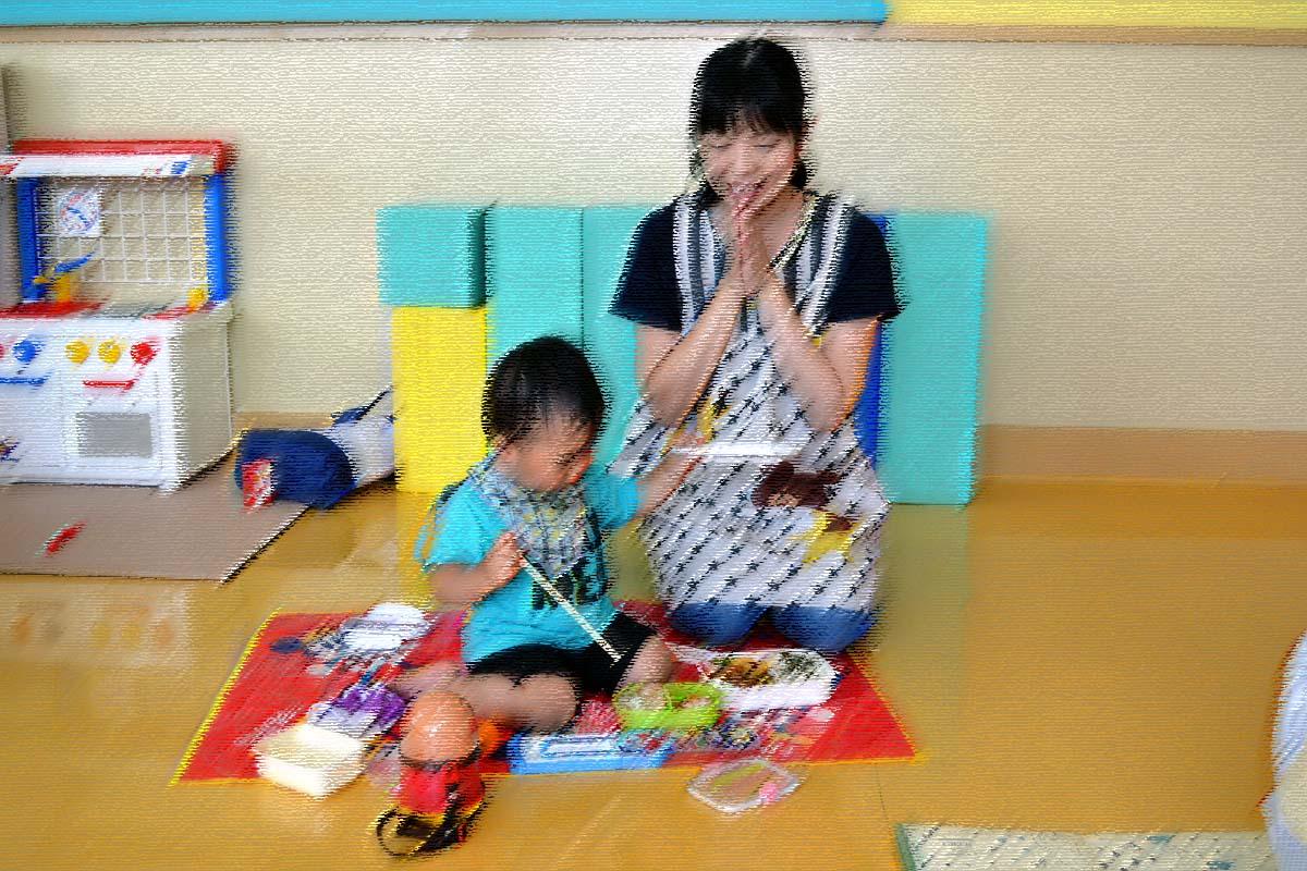 今日は、七夕参観日です。上宮第二幼稚園にて。_d0353789_16261166.jpg