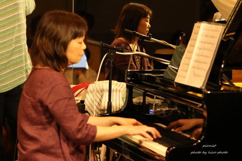 Pianist_b0328557_22111667.jpg
