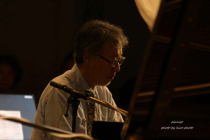 Pianist_b0328557_22153436.jpg