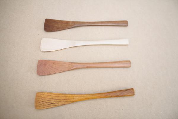 木のバターナイフと木のへらの入荷のお知らせ_f0176205_15482222.jpg