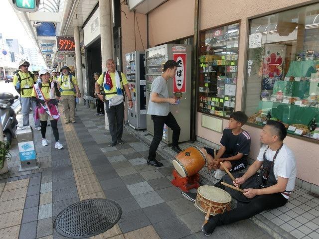 「かぐや姫の富士山への里帰り」 富士山登山ルート3776ツアーの皆さんを吉原商店街で歓迎_f0141310_06341283.jpg