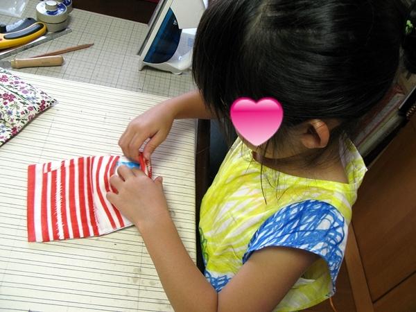 ばぁばのワークショップ ミシンで縫う_f0129726_18110596.jpg