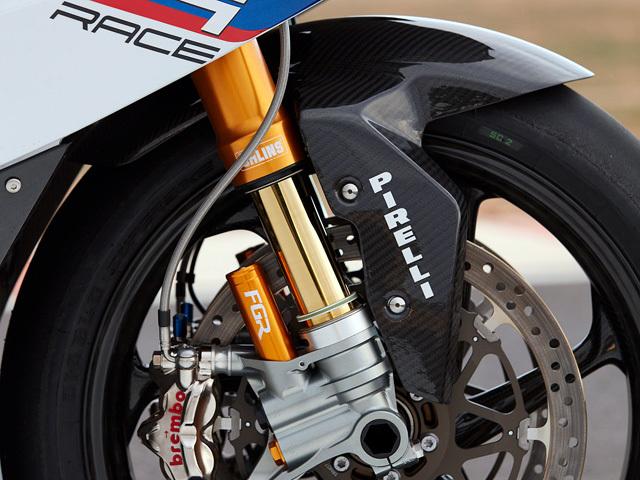 BMW HP4 RACE_b0049658_09291049.jpg