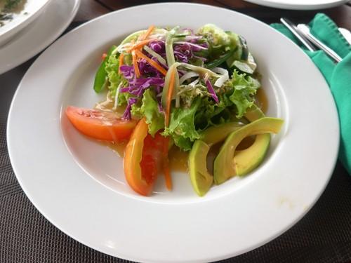 バリ島へ行く③ 〜テラスでの食事が超絶楽しい〜_f0232060_0205537.jpg