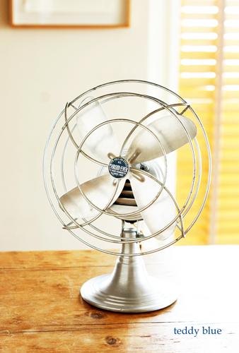 antique aluminum fan  アンティーク アルミの扇風機_e0253364_21180527.jpg