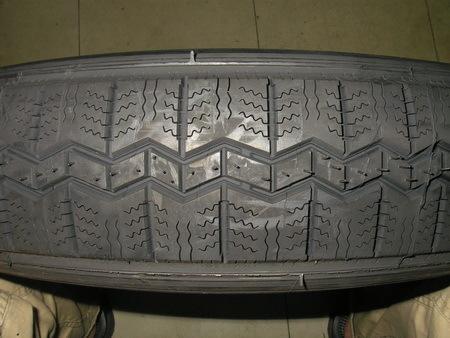 サイドカー 15インチ用タイヤ ミシュランRADIAL X 125R-15 新品_e0218639_10273353.jpg