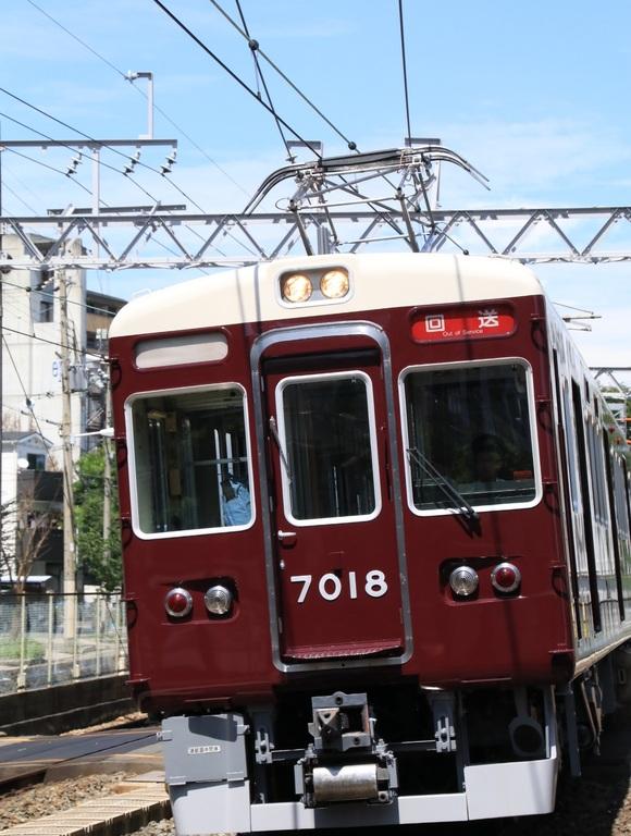 阪急7018F 返却回送_d0202264_19294398.jpg