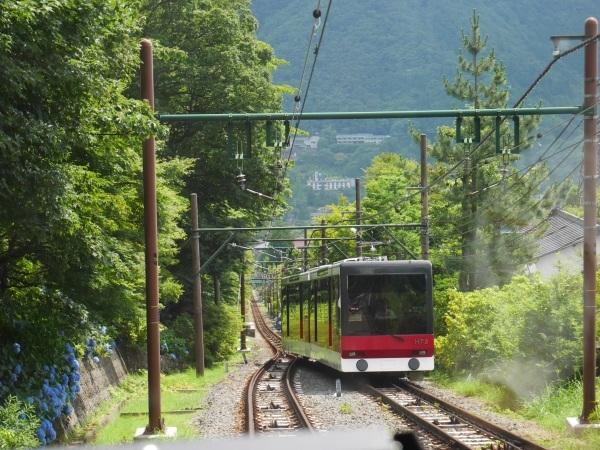 箱根登山電車と箱根ケーブルカー_a0351368_22350098.jpg