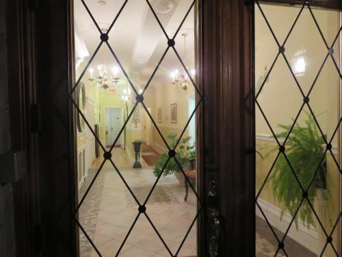 モントリオールで、パリのようなホテルに泊まる_d0240098_10583092.jpg