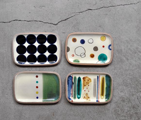 一翠窯より、角皿が色々と届いております。_d0193211_18523221.jpg