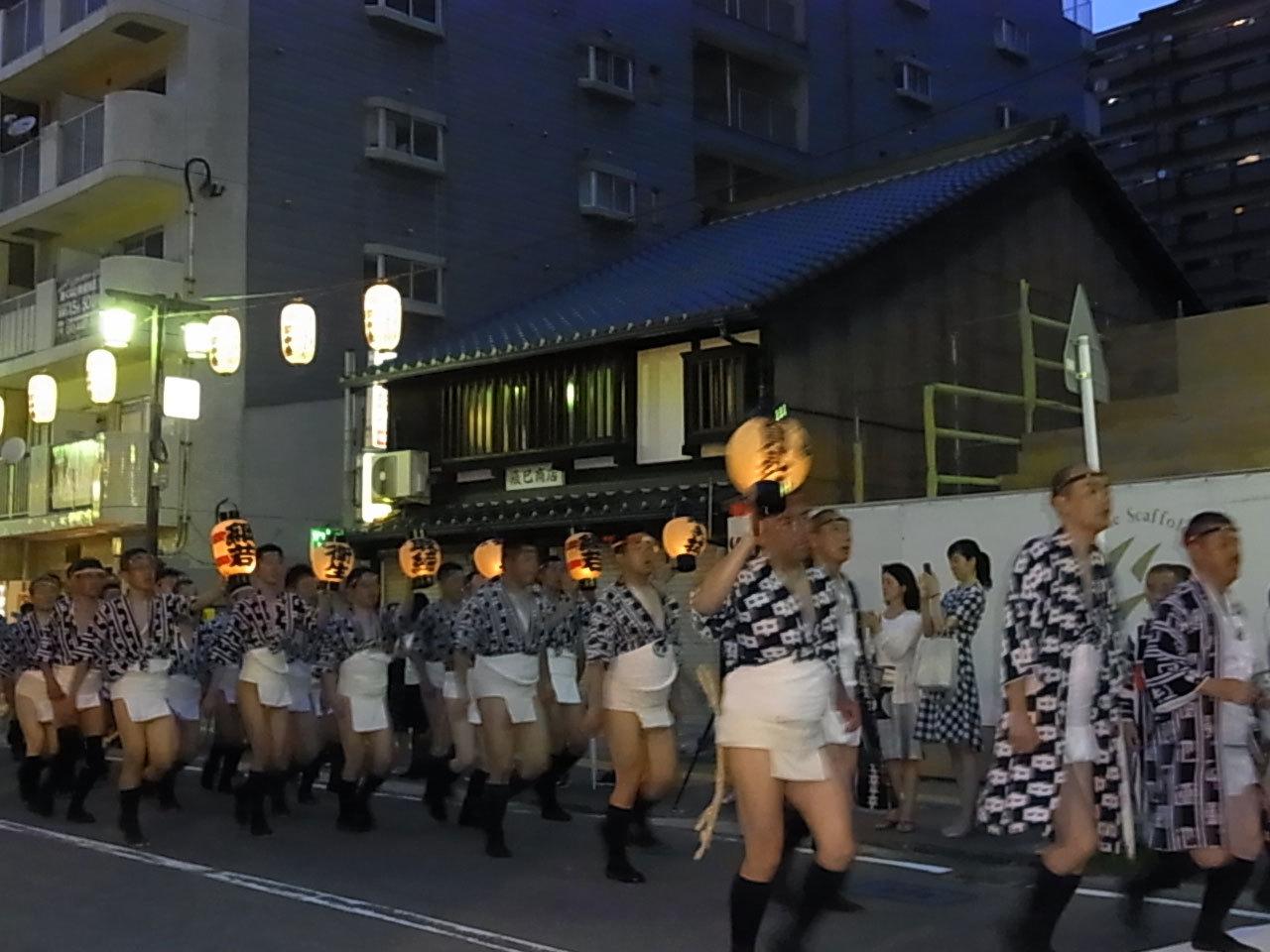 博多祇園山笠.....今年も..._d0127182_16081744.jpg