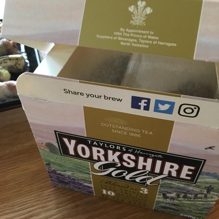 イギリスの紅茶はやっぱり美味しい(^^)_c0274374_13092774.jpg