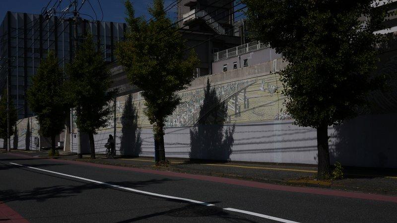 広島拘置所外壁画_b0190540_15232567.jpg