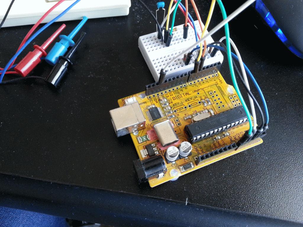 arduinoによるオシロスコープ4 - arduino基板の スペーサ代わりにホットメルトを使う (7/15)_a0034780_10572653.png
