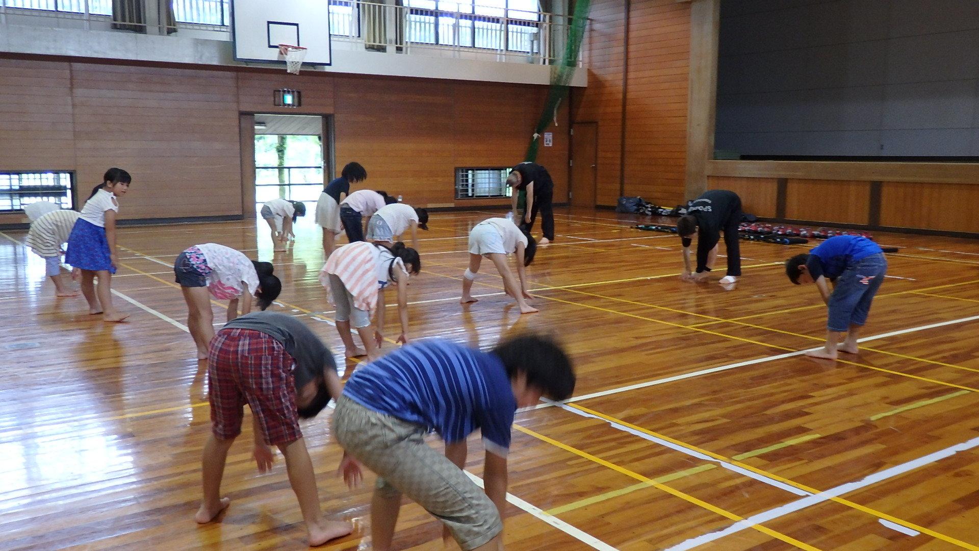 勇ましい剣士誕生!「スポーツチャンバラ + お楽しみ会」_b0239402_16562361.jpg