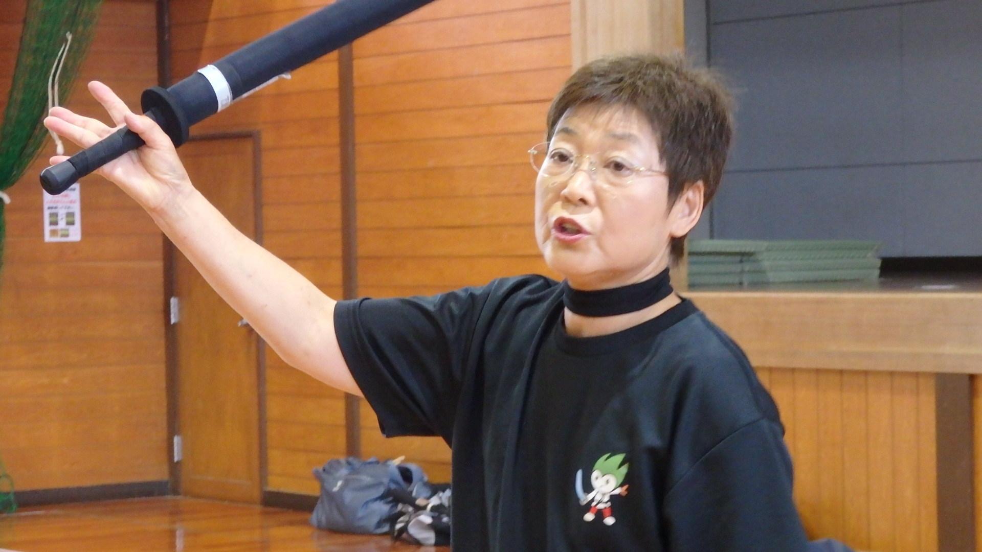 勇ましい剣士誕生!「スポーツチャンバラ + お楽しみ会」_b0239402_16565754.jpg